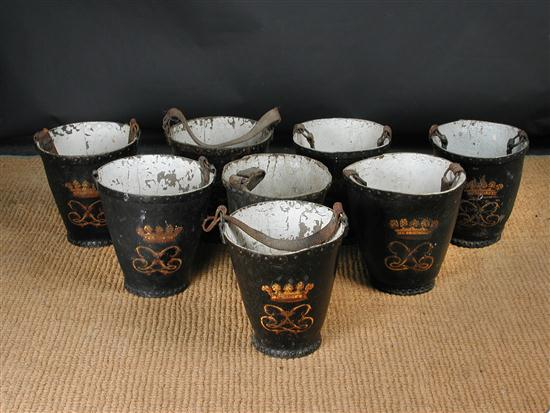 Carton - Fire buckets