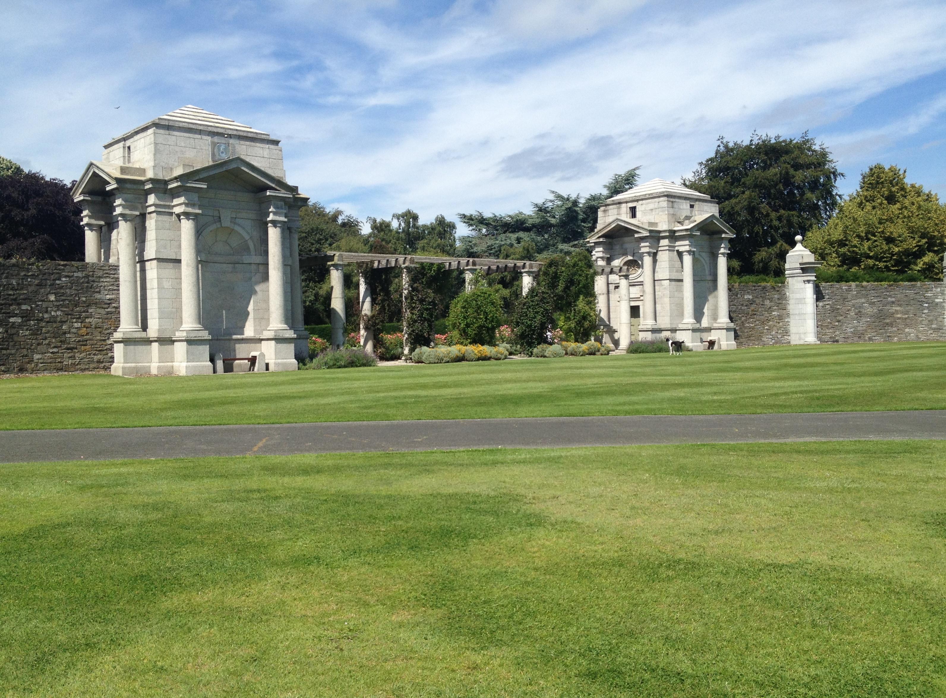 Sir Edwin Lutyens 171 The Irish Aesthete